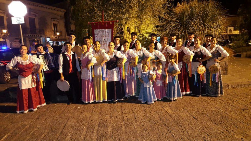 Foto Gruppo folklorico Mata e Grifone Messina Italia 2
