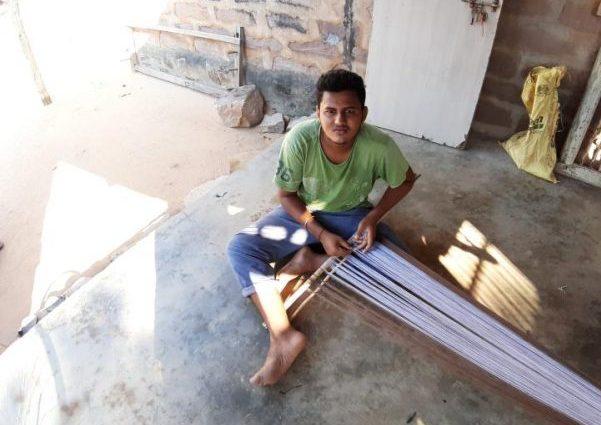 mini_Rajan Vankar -India Preparin warp for Starching